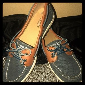 Sperry's Loafers Size 6 Youth